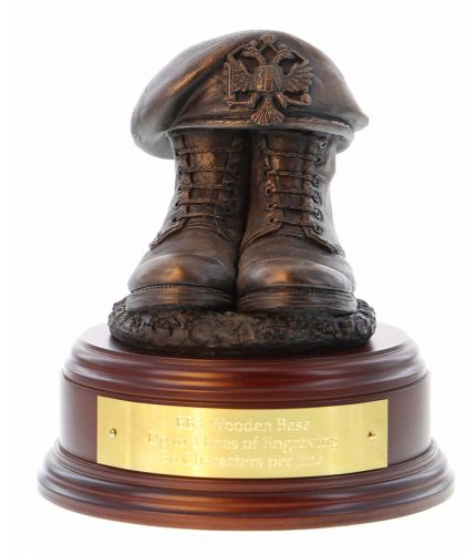 1st Queen's Dragoon Guards Boots and Beret