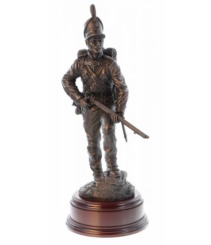 This is a 12 Inch scale sculpture of a Chosen Man of the  95th Rifles during the Peninsular War. It makes a first class retirement or long service presentation piece for any serving or ex-rifleman of either the Royal Green Jackets or Rifles Regiment