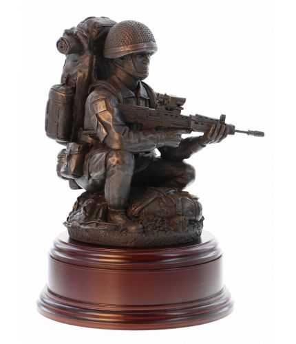 Drop Zone Paratrooper, Crouching
