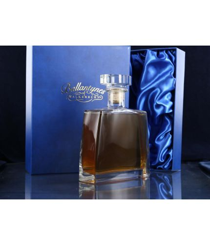 A Jack Bottle Set consisting of a 70cl glass decanter. We offer free engraving in the front panel and the Jack Bottle is completed inside its own dark blue satin lined presentation box.