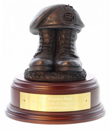 Life Guards Household Cavarly Regiment Boots and Beret, handmade and cast in cold resin bronze. We offer a range of wooden base and engraving options