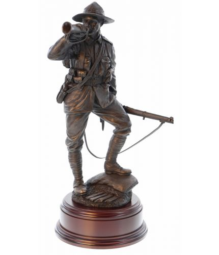 "This is a 12"" scale sculpture of an New Zealand Army Soldier during World War 1. As well as serving with distinction at Gallipoli in 1915 the 1st and 2nd New Zealand  (ANZAC) Infantry Divisions fought on the Western Front in all the major battles. We supp"