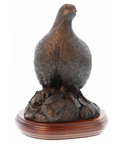 Single Partridge sculpture in cold cast bronze, painted or silver. Our Partridge Sculptures make lovely ornaments for anyone who loves to shoot or is associated with the shooting industry. We offer a choice of wooden bases and an engraving.