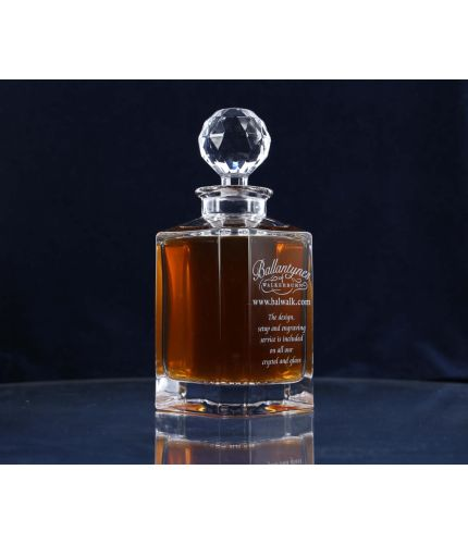 A Plain style of Crystal Whisky or Brandy Decanter. Design, Setup, pre-approval and Engraving on the front panel is Included on this piece of Crystal. As this is a J product we only offer transit packing.