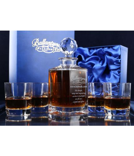 A fully engraved 7 piece crystal whisky hosting set. The set is fully gift boxed and we include set up and design as part of our service.