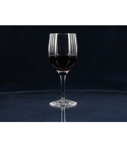 A high quality simple long stemmed Red Wine glass, in a simple plain style. We offer this glass with a personalised hand engraving service, the price shown includes all work including design.