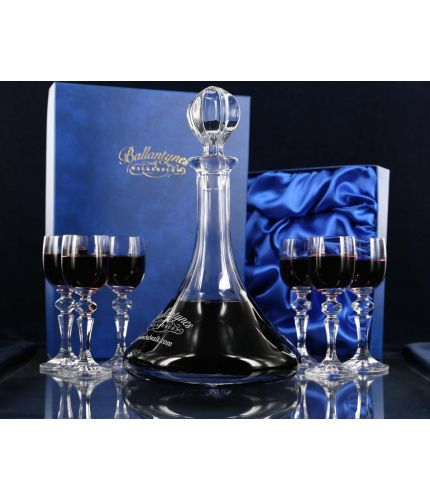 Port decanter and set of 6 glasses. A crystal, plain style hosting set in its own gift boxes. Engraving is included.