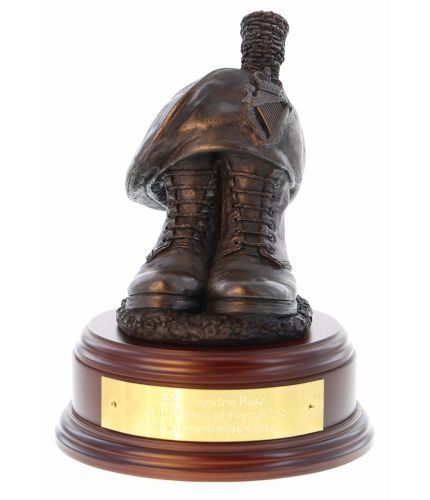 Argyll and Sutherland Highlanders Boots and TOS commemorative military sculpture and farewell gift