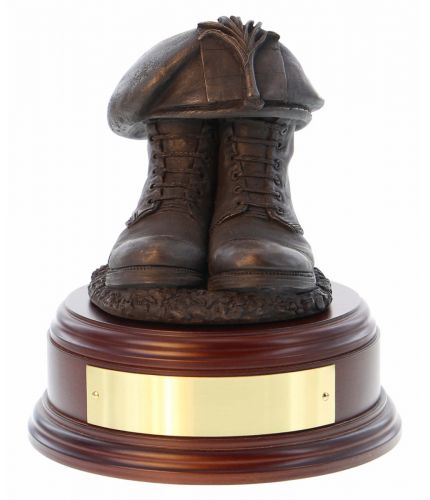 Welsh Guards Boots and Beret, cast in cold resin bronze and we offer this Boots and Beret on a choice of presentation bases, the BB2, BB3 and BB4 have room to add an engraved plate.